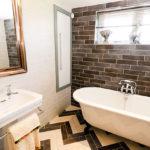 Luxury holiday home lodge bathroom