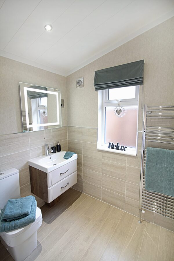 Omar Kingfisher Holiday Home En-Suite